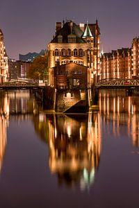 Het Wasserschloss in de Speicherstadt, Hamburg van