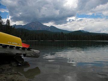 Lake Edith van Nadia Houtzager