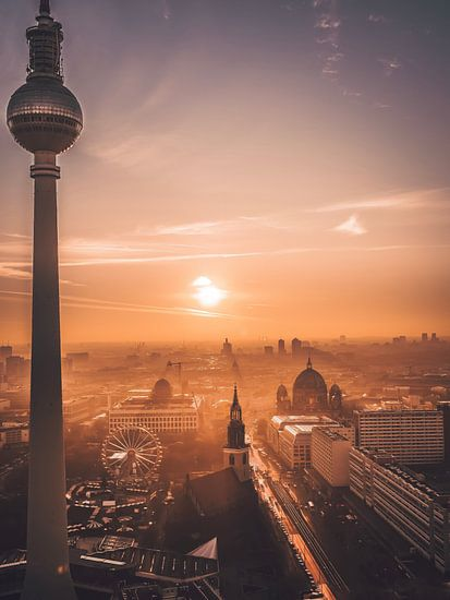 Berlin van Iman Azizi