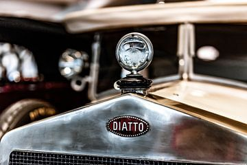 Diatto grille en radiator ornament von autofotografie nederland