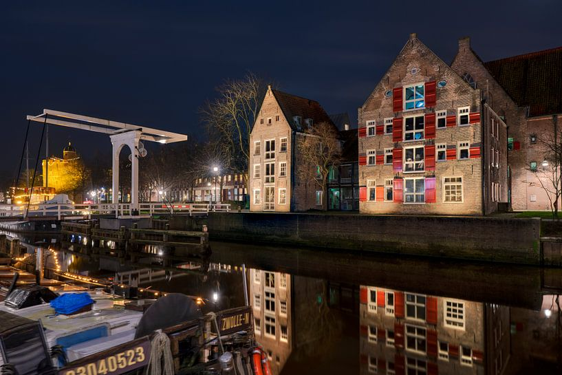 Aan de Stadsmuur met Pelserbrugje Zwolle van Fotografie Ronald