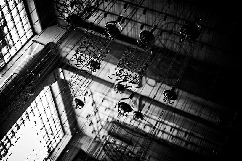 De witte kamer bij tegenlicht van Cristel Brouwer
