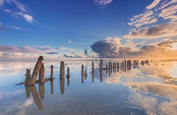 Oude zeewering in de Waddenzee bij Wierum von Jurjen Veerman
