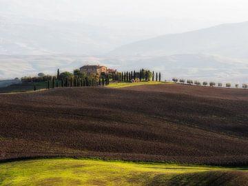 """Het huis uit de film """"The Gladiator"""" in de streek Val d'Orcia  in Toscane van John Trap"""