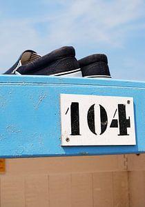 strandstilleven met bootschoenen