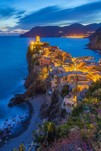 Vernazza by Night - Cinque Terre, Italië - 2 van Tux Photography