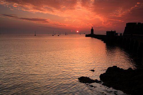 Castle Cornet bij zonsopkomst van