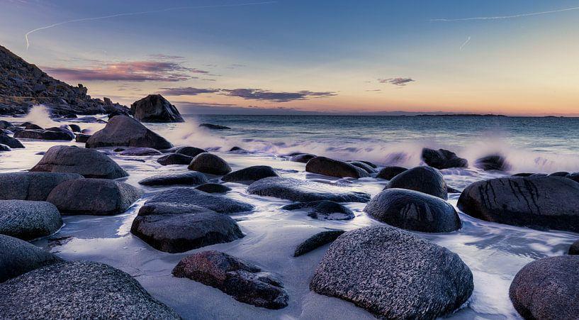 Beach Lofoten Norway van Wim van D