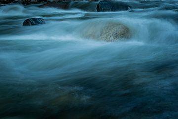 Beek in the Rocky Mountains van Theo van Woerden