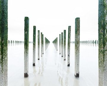 Symmetrie en eenvoud aan de Opaalkust, Hauts-de-France, Frankrijk van Sjaak den Breeje