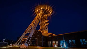 De Lünetectoren bij nacht van Lichter-der-Stadt in NRW