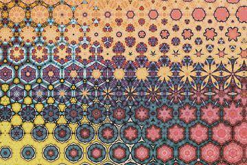 abstrakter farbenfroher geometrischer Hintergrund mit künstlerischen Elementen von Ariadna de Raadt