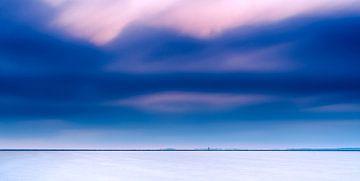 Unbedeutendes Foto des unendlichen Tieflands in den Niederlanden von Fotografiecor .nl