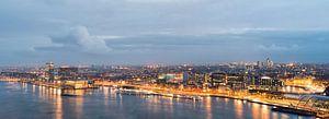 Skyline Amsterdam van Peter Bartelings