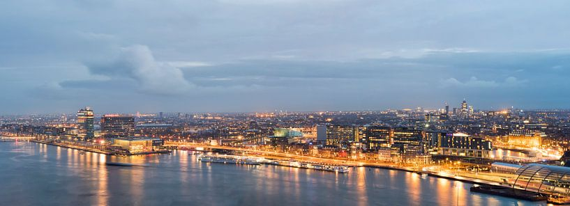 Skyline Amsterdam van Peter Bartelings Photography