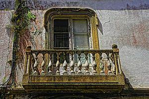 Alten baufälligen Balkon