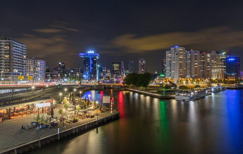 De ingang van de Leuvehaven in Rotterdam by Night van MS Fotografie   Marc van der Stelt