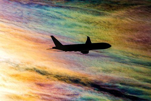 Regenboog wolken van Martin Boschhuizen