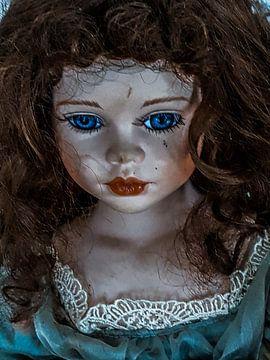 Poppen gezicht van Renee Alexandra Serlier