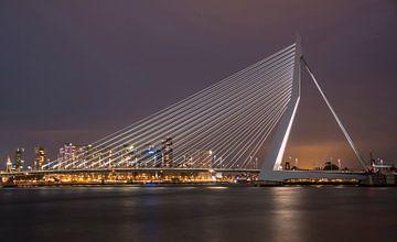 Erasmusbrug Rotterdam by night van shoott photography