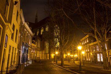 Hooglandse Kerkgracht met Hooglandse Kerk van Carel van der Lippe