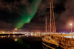 Noorderlicht, Reykjavík, IJsland van Hans van Wijk