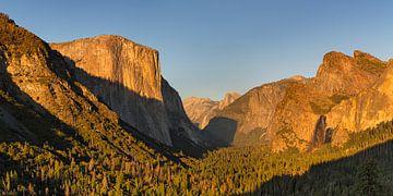 Tunnel View mit El Capitan bei Sonnenuntergang, Yosemite-Nationalpark, Kalifornien, USA von Markus Lange