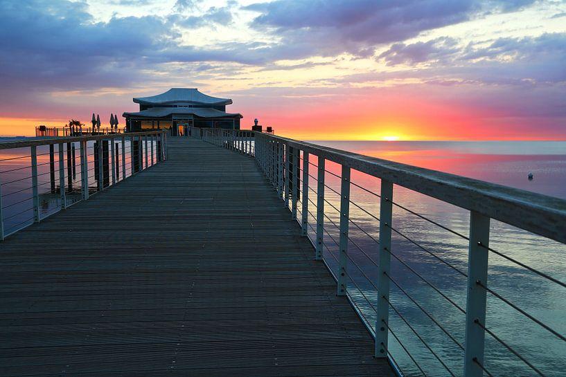 Sonnenaufgang am Timmendorfer Strand van Ursula Reins