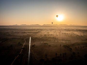 Zonsopkomst in Bagan van Rik Pijnenburg