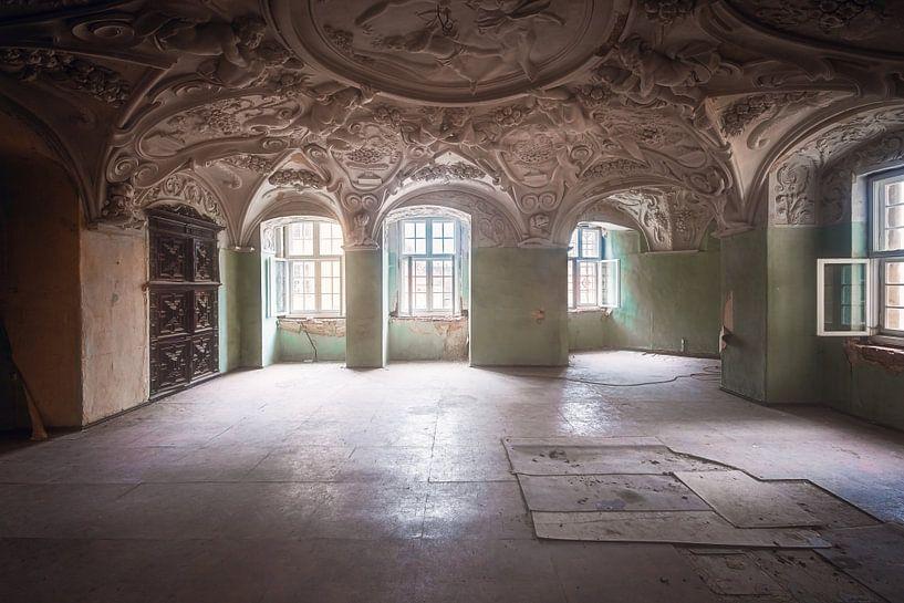 Houdt het Plafond Vast. van Roman Robroek