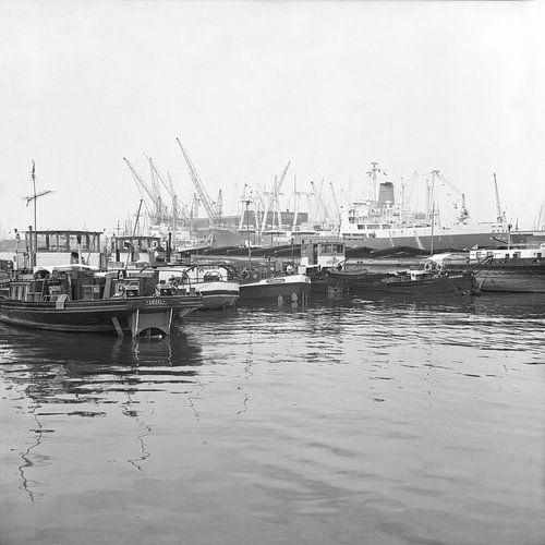 De Waalhaven Rotterdam juni 1967