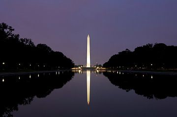 Washington Monument by night van Gerrit de Heus