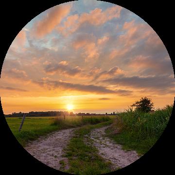 Zonsondergang De Onlanden Drenthe van R Smallenbroek