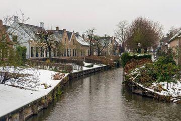 Winter im niederländischen Dorf Drimmelen von Ruud Morijn