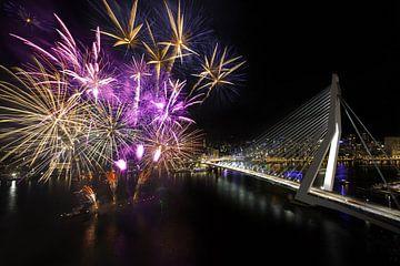 Fireworks Erasmus-Brücke in Rotterdam von