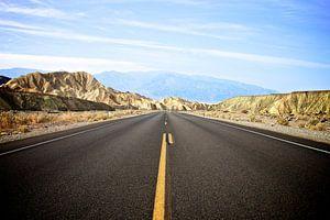 De weg door Death Valley - Californië van Blijvanreizen.nl Webshop