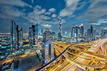 Dubai skyline van Dieter Meyrl