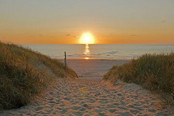 Sonnenuntergang am Meer von Wim van der Geest