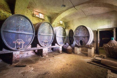 Wijn Vaten. van Roman Robroek