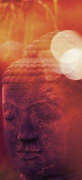 Kopf eines Buddha rot-orange von MR OPPX