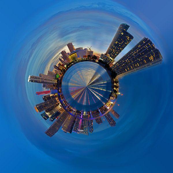 Planet Miami  van Kneeke .com