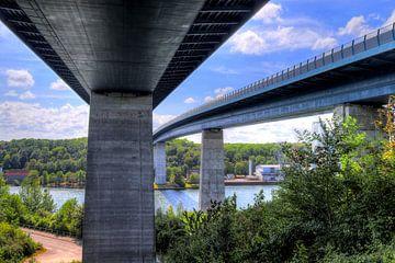 Blick auf die Kieler Nord Ostsee Kanalbrücke