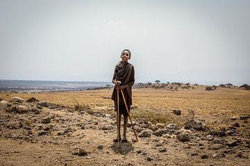 Masai op de Serengeti van Julian Buijzen