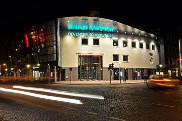 Schouwburg Deventer - nachtopname van