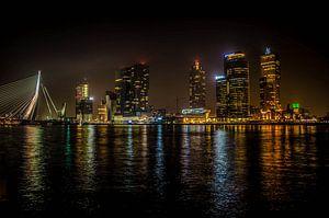 Rotterdam at night van olaf groeneweg