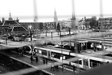 Station Delft 2015 bovengronds treinen von Mariska van Vondelen