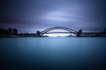 SYDNEY Harbour Bridge - dunkelblau - von Jiri Viehmann