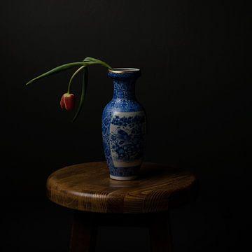 Oud Hollandse Tulp in Vaas van Arend Wiersma