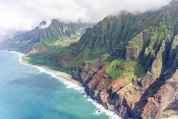 Uitzicht over de Na Pali Coast van Kauai van Reis Genie