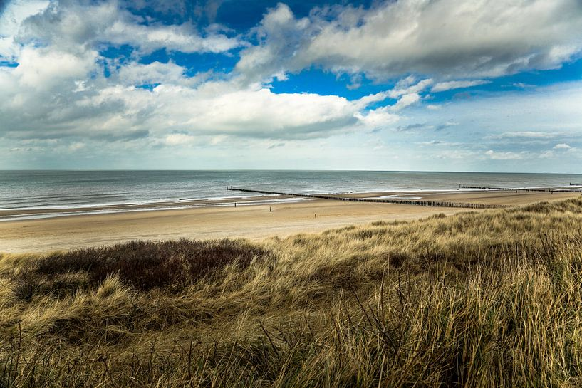 Aan het strand stil en verlaten van Fotografie Jeronimo